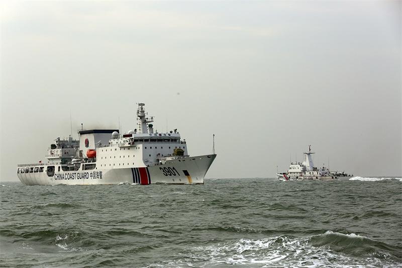 海警海上实战化大比武(摄影:姜宗平)